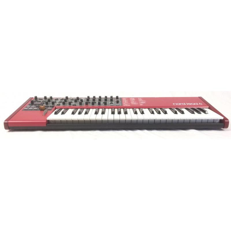 clavia nord lead 4 custodia sintetizzatori clavia. Black Bedroom Furniture Sets. Home Design Ideas