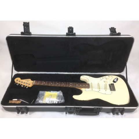Fender Stratocaster American Standard Olympic White seriale US12030198