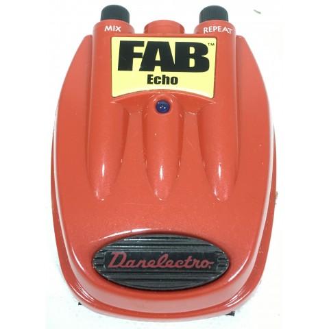 Danelectro D4 Fab Echo
