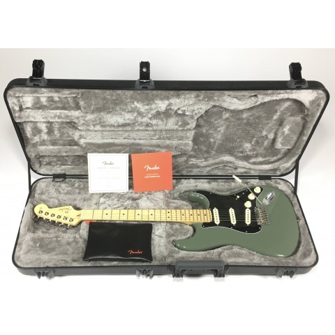Fender American Professional Stratocaster Antique Olive RW seriale US17034832