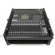 Yamaha 01V96i mixer digitale con flight case
