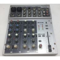 Phonic MM1002 mixer 10 canali